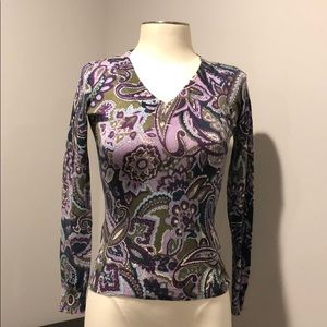 Multi colored thin v-neck blouse
